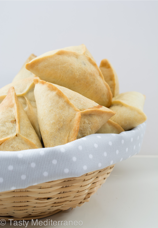 Tasty-Mediterraneo-Spinach-fatayers-recipe