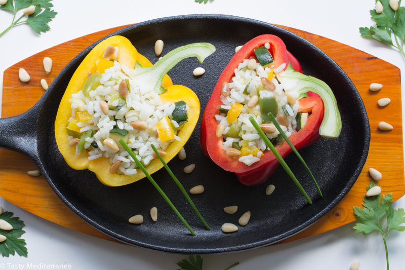 tasty-mediterraneo-Spanish-stuffed-peppers-vegeterian
