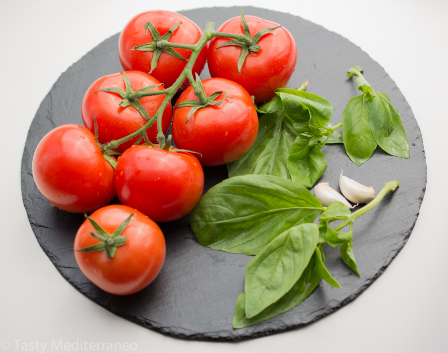 tasty-mediterraneo-fresh-tomato-basil-sauce-recipes.jpg