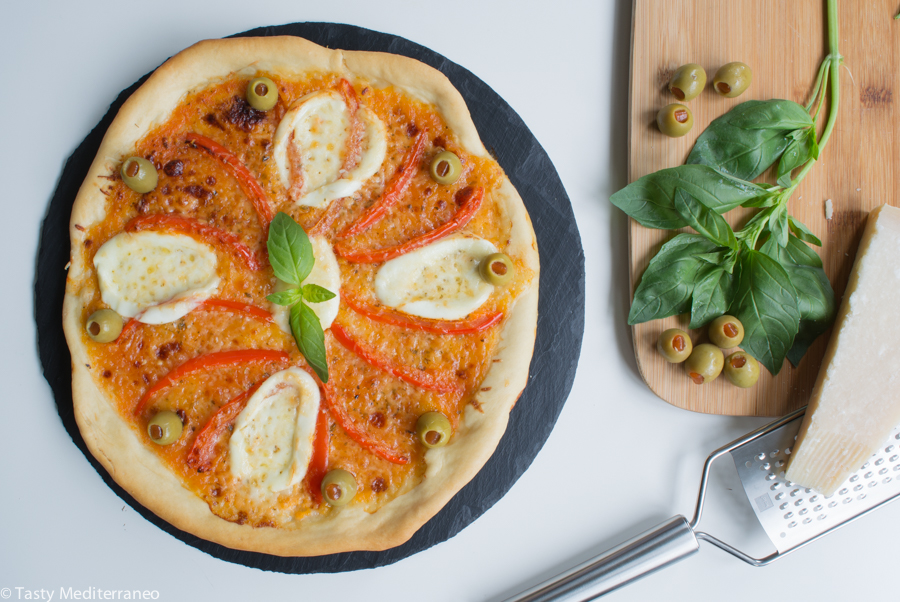 tasty-mediterraneo-pizza-vegetarian