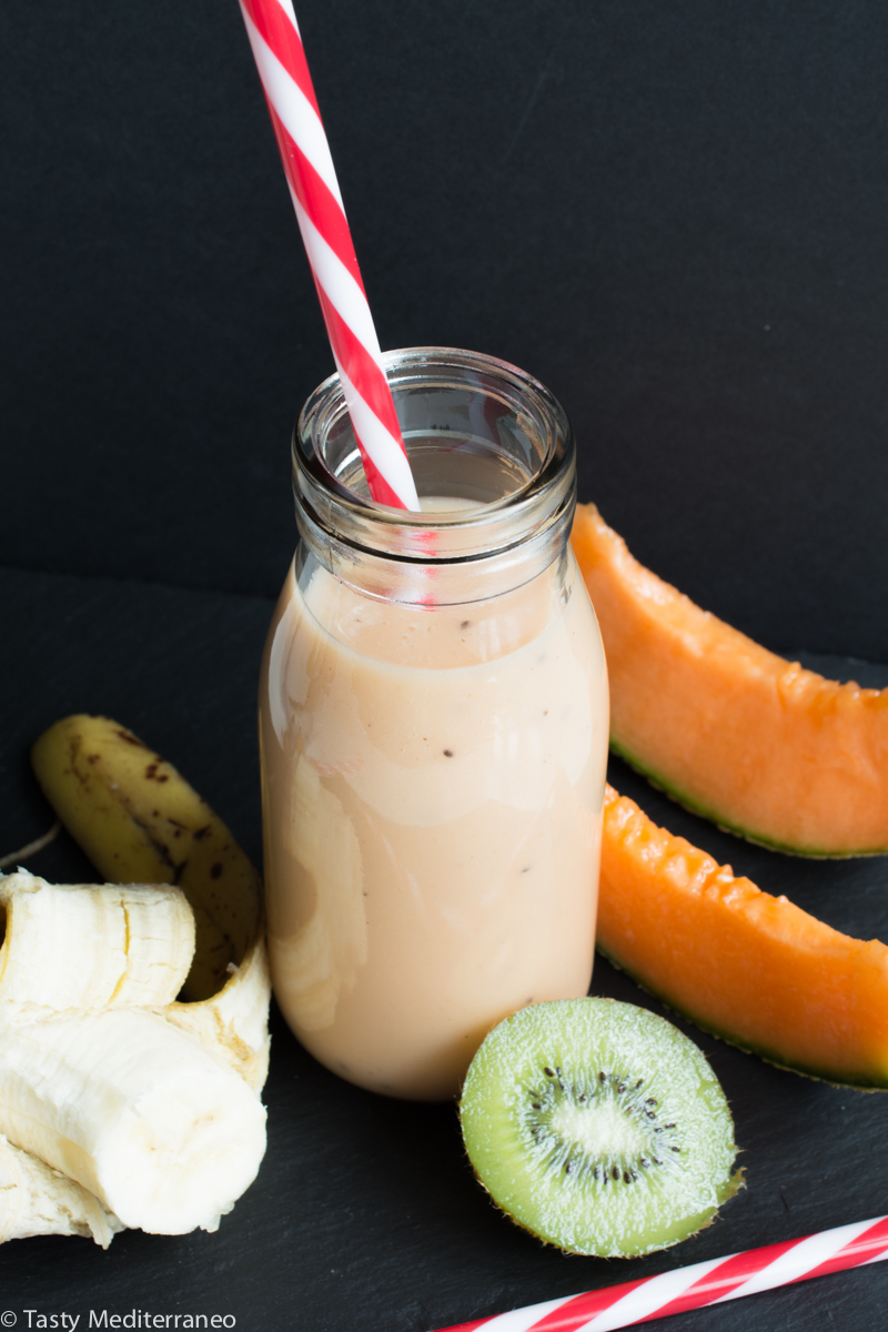 tasty-mediterraneo-smoothie-melon-kiwi