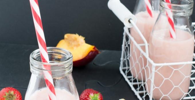 Strawberries, Banana & Nectarine Smoothie