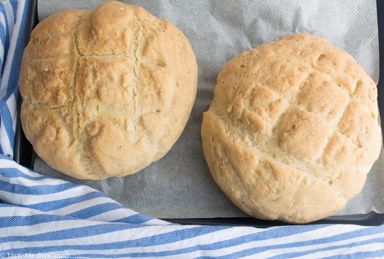 Tasty-mediterraneo-bread-yeast