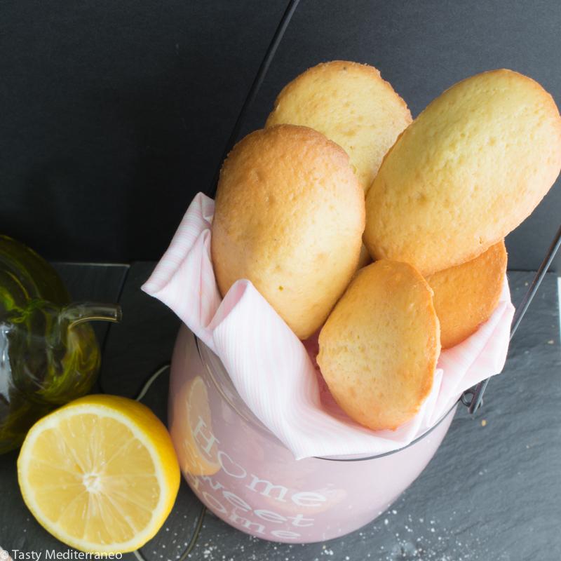tasty-mediterraneo-lemon-olive-madeleine