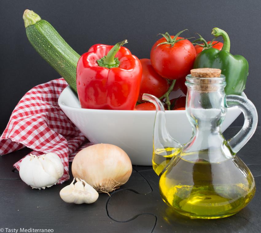 Tasty-mediterraneo-empanadillas-pisto-manchego-recipe