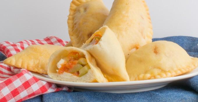 Spanish empanadas: Empanadillas de pisto
