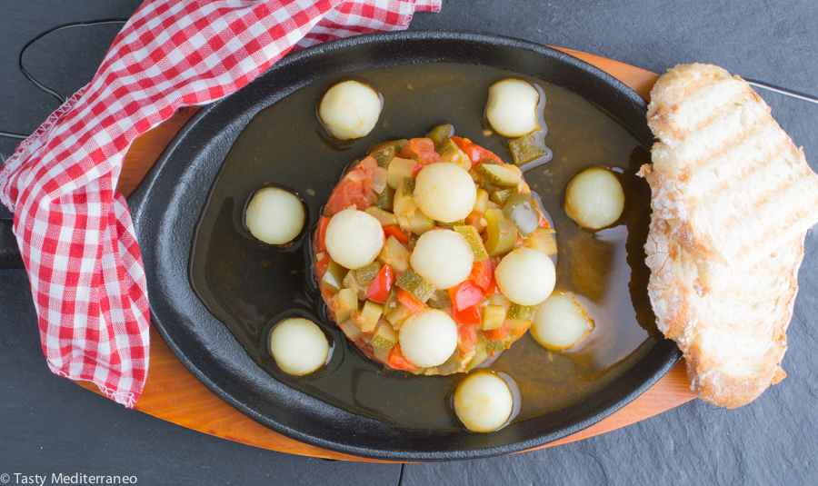 Tasty-mediterraneo-pisto-manchego-with-potatoes