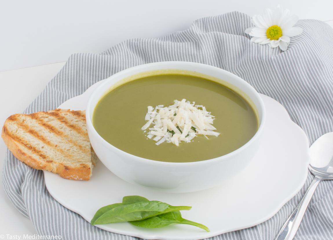 Tasty-mediterraneo-sopa-espinacas