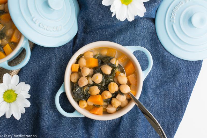 Tasty-mediterraneo-spanish-chickpeas-spinach-stew-recipe