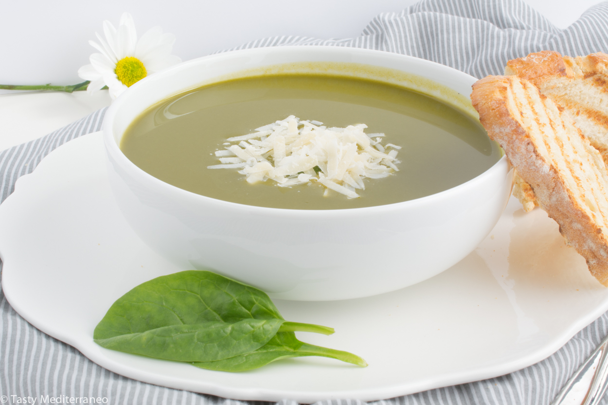 Tasty-mediterraneo-spinach-cream