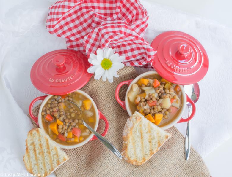 Tasty-mediterraneo-vegan-lentils-soup