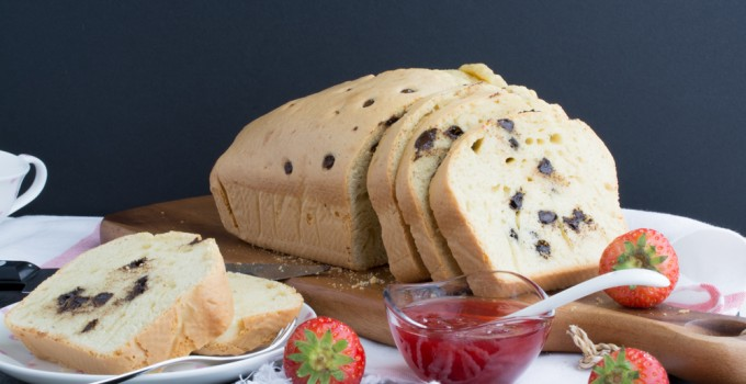 EVOO, vanilla & chocolate chips loaf