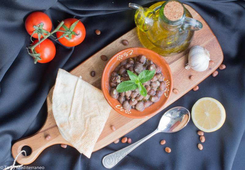 Tasty-Mediterraneo-Lebanese-foul-fava-beans