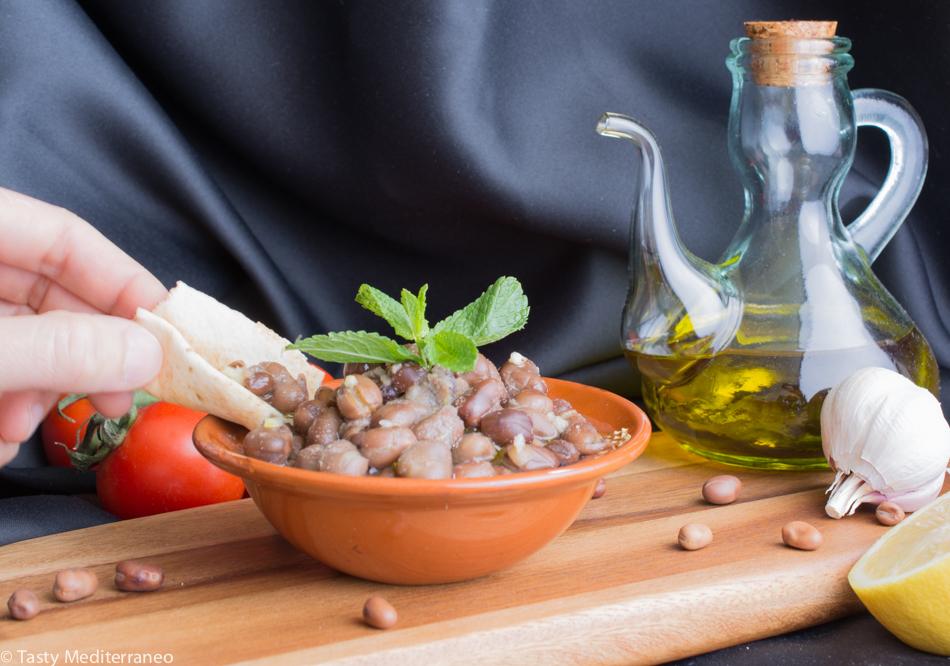 Tasty-Mediterraneo-fava-beans-Lebanese