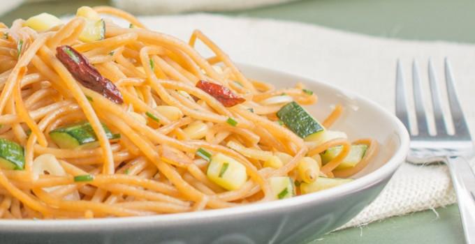 """Spaghetti """"aglio olio"""" with zucchini"""