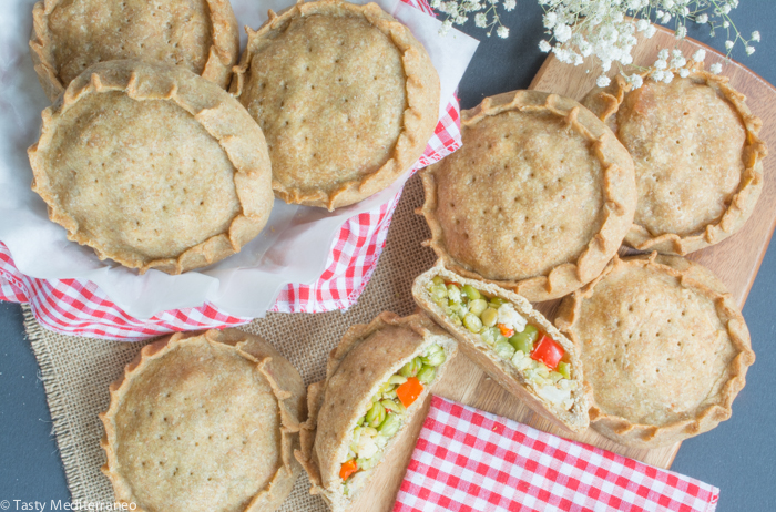 Tasty-Mediterraneo-Easter-empanadas