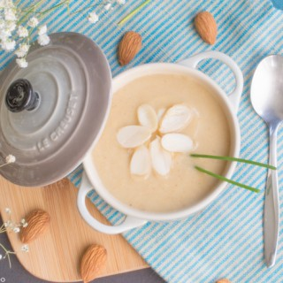 Cauliflower & almond soup