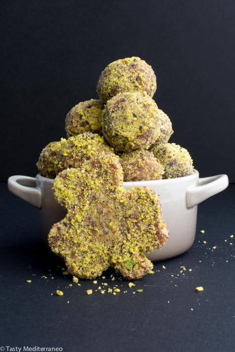 Tasty-Mediterraneo-raw-energy-bites-St.Patrick