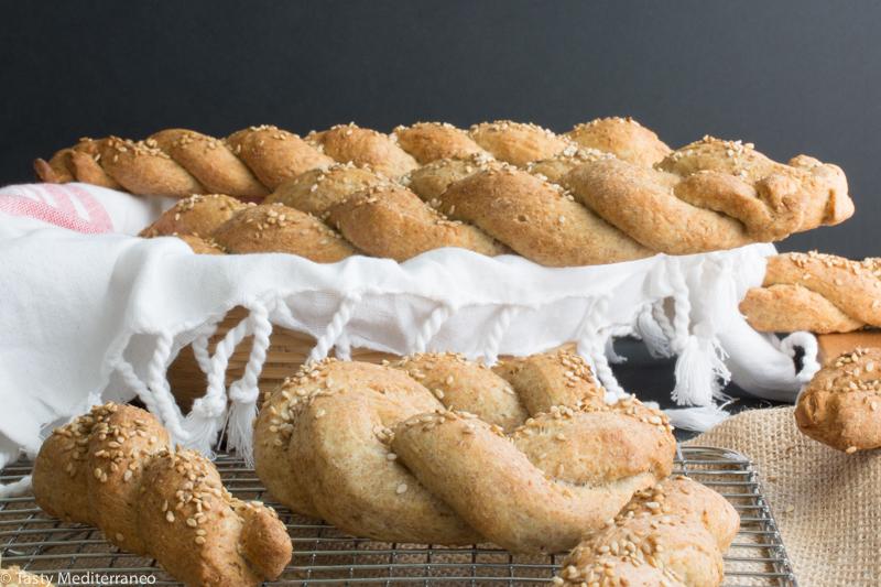 Tasty-Mediterraneo-bread