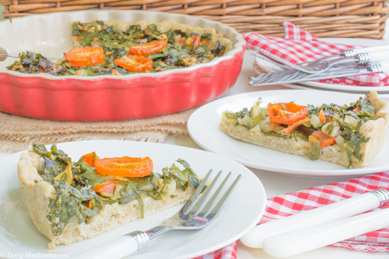 Tasty-Mediterraneo-parsley-garlic-tomato-flatbread