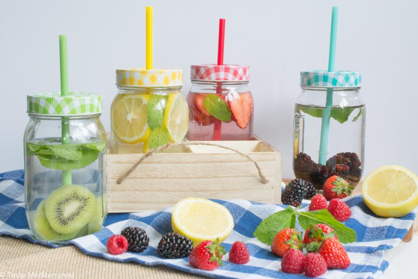 Tasty-Mediterraneo-fruits-infused-water