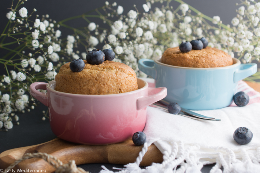 Tasty-Mediterraneo-mini-healthy-birthday-cake