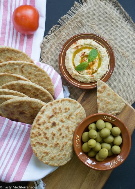 Tasty-Mediterraneo-EVOO-pita-bread