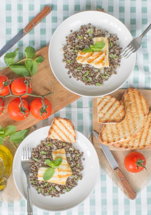 Tasty-Mediterraneo-beluga-lentils-&-grilled-halloumi