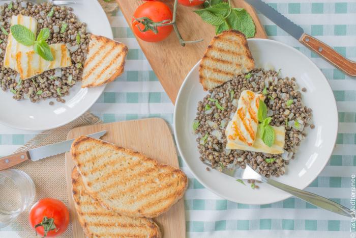 Tasty-Mediterraneo-grilled-halloumi-and-beluga-lentils