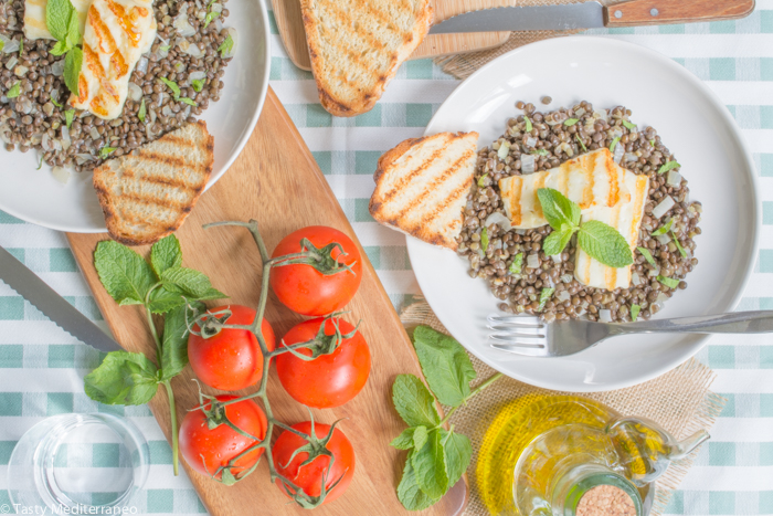 Tasty-Mediterraneo-grilled-halloumi-&-beluga-lentils