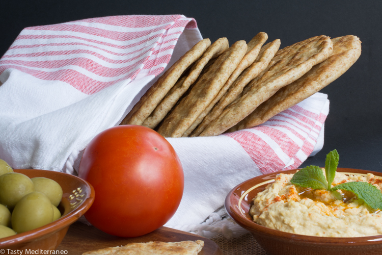 Tasty-Mediterraneo-pita-bread