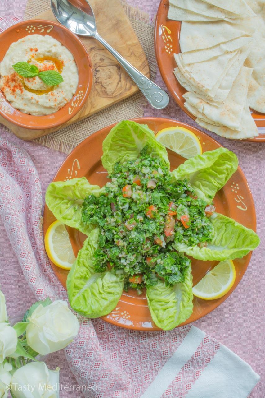 Tasty-Mediterraneo-Lebanese-tabbouleh