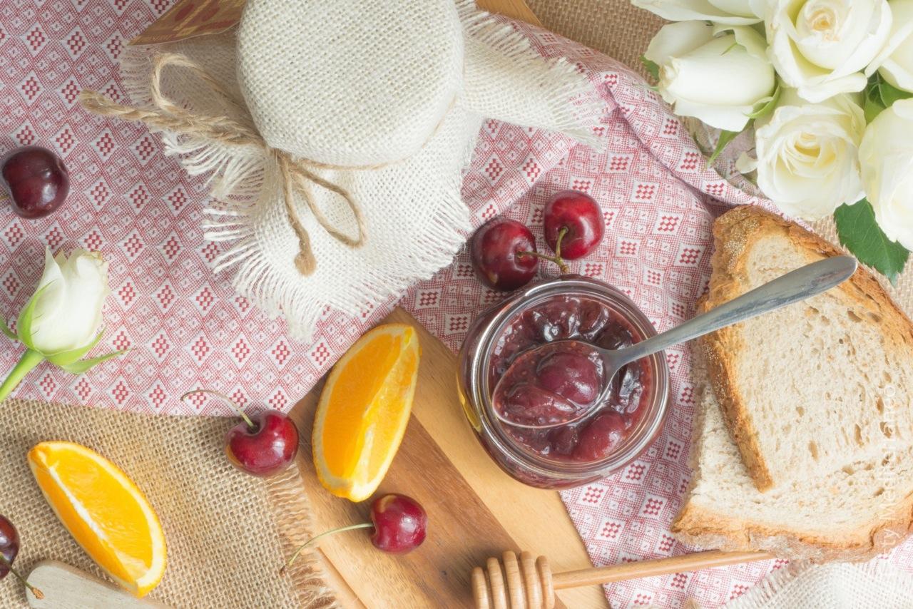 Tasty-Mediterraneo-cherry-jam