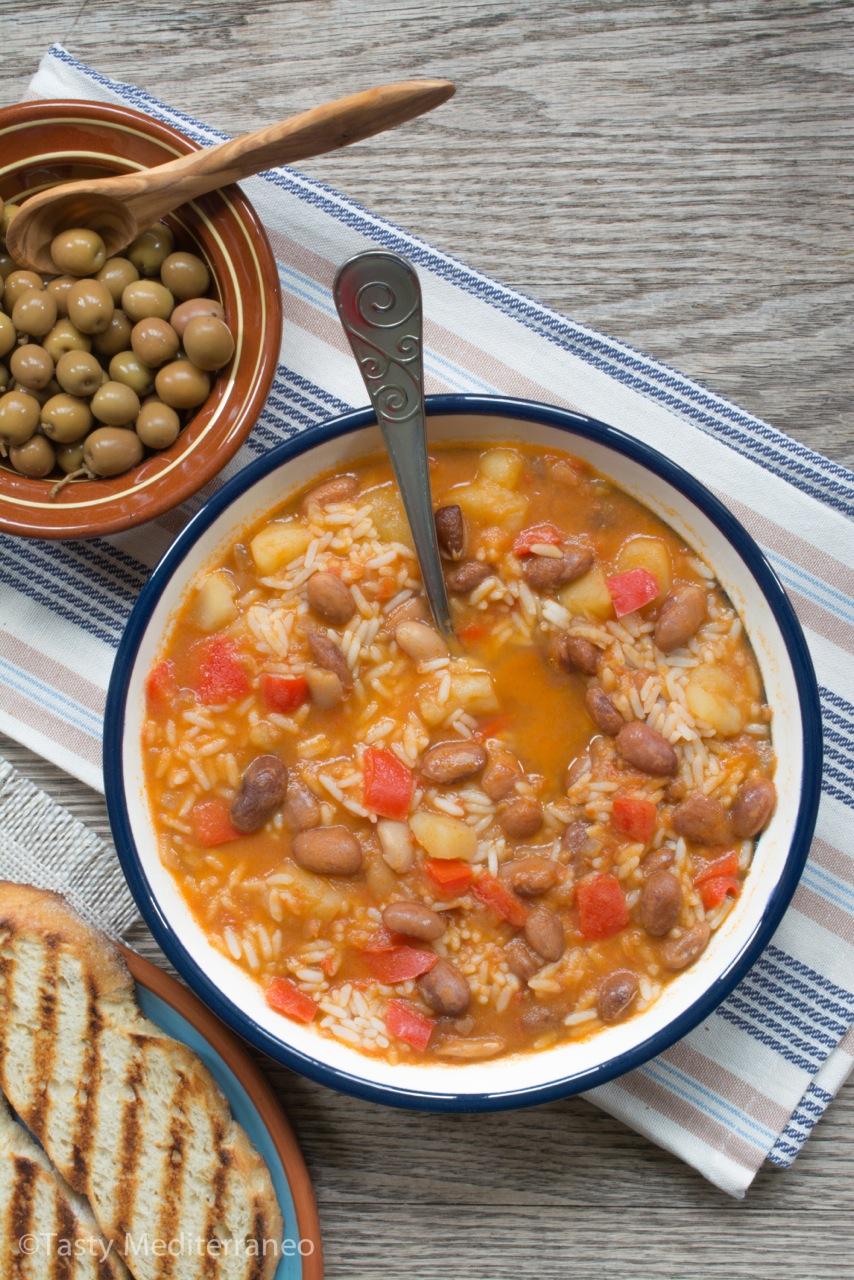 tasty-mediterraneo-judias-pintas-con-arroz