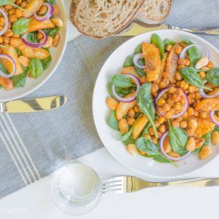 tasty-mediterraneo-roasted-chickpea-almond-salad
