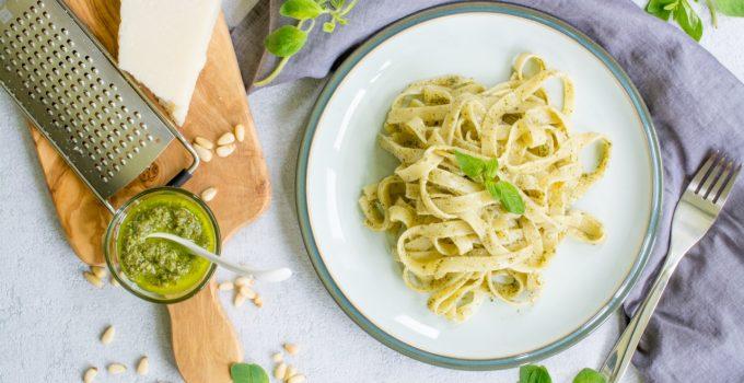 Tagliatelle with fresh oregano pesto