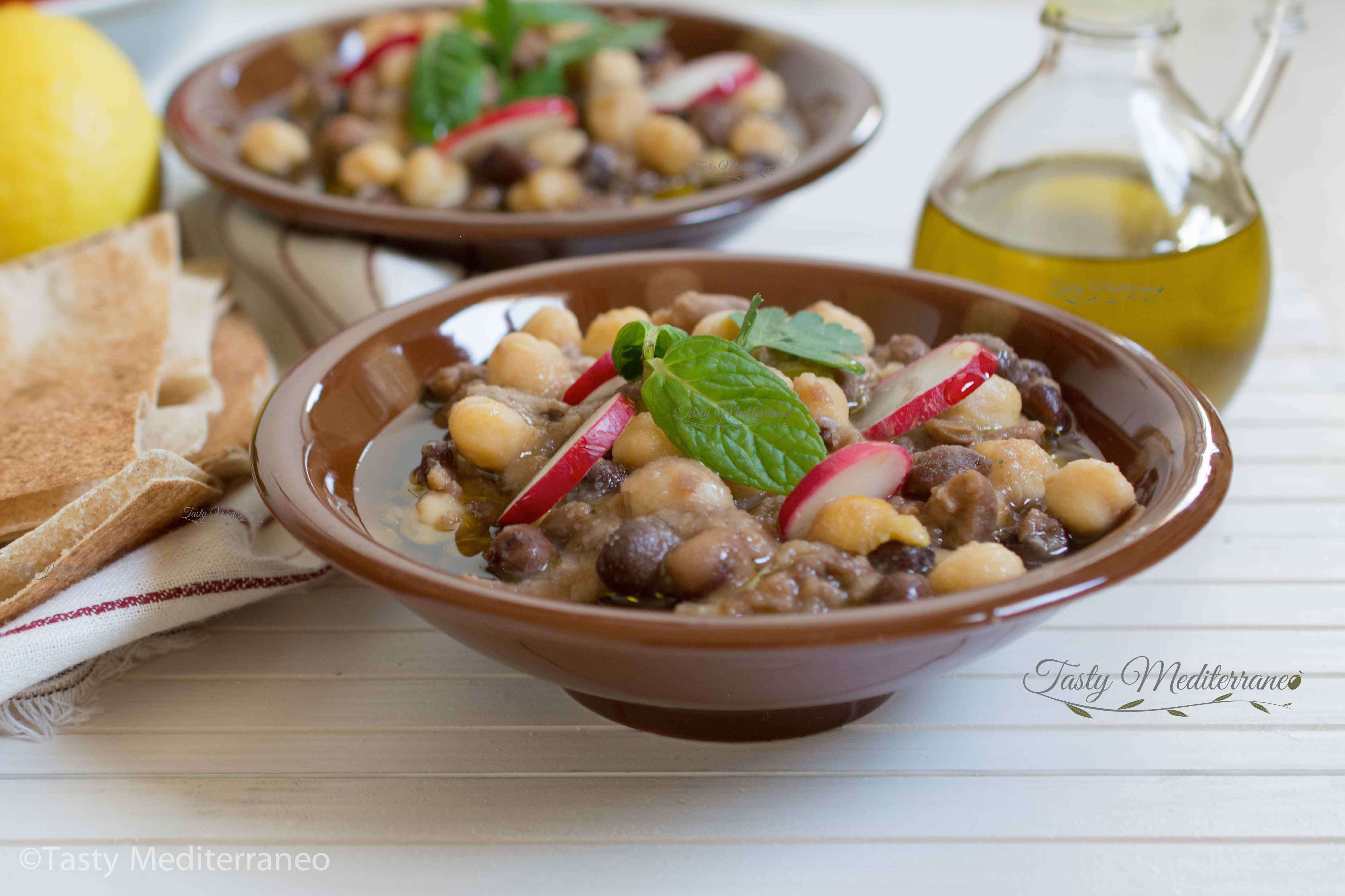 فول مدمس مع الحمص على الطريقة اللبنانية Tasty Mediterraneo