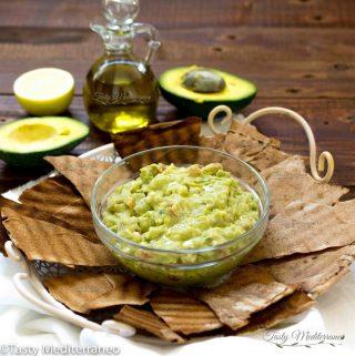 Guacamole al estilo mediterráneo